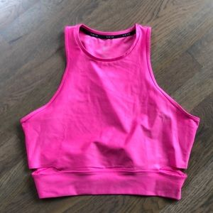 New unworn Women's Nike Crop top size medium